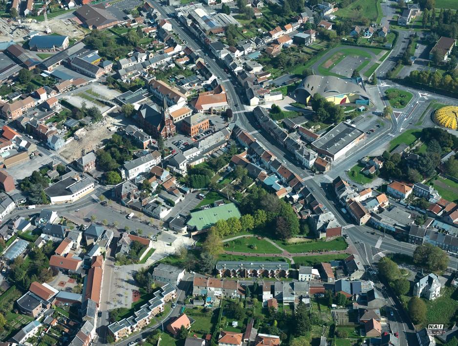 Louvroil 59720 commune de l 39 avesnois for Piscine de louvroil